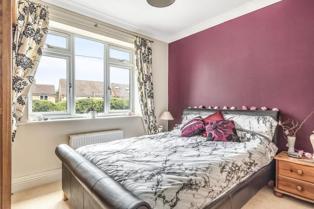 Bedroom of Bowling Green Road, Thatcham RG18