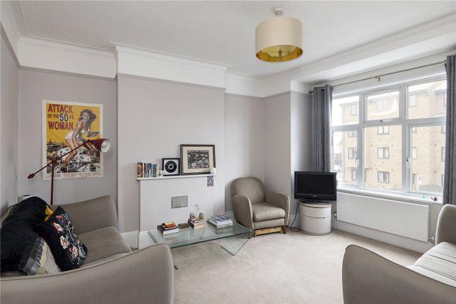 Thumbnail Maisonette to rent in Ambleside Gardens, London