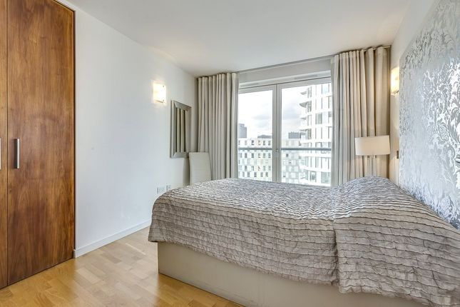 Picture No. 16 of New Providence Wharf, 1 Fairmont Avenue, London E14