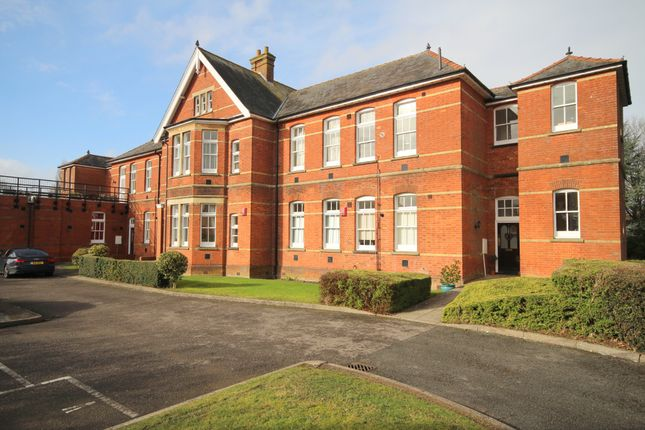 Thumbnail Flat for sale in St.Leonards. Oak Tree Way, Horsham