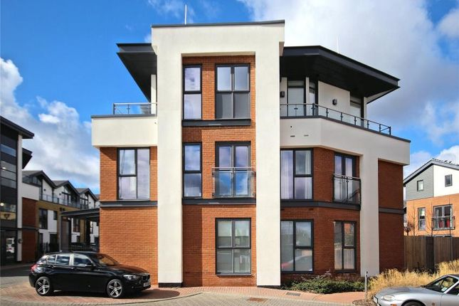 Thumbnail Flat to rent in Willow Reach, Woking