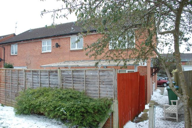 Thumbnail Terraced house for sale in Devonish Close, Alcester