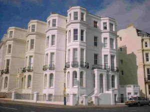 Thumbnail Flat to rent in Marine Gardens, Eastbourne