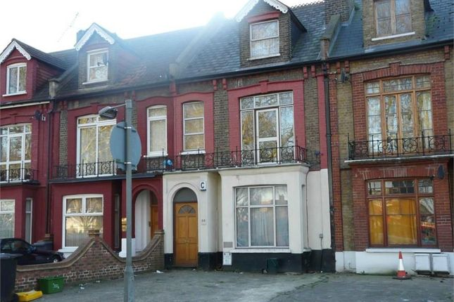 Thumbnail Terraced house to rent in Willoughby Road, Haringey