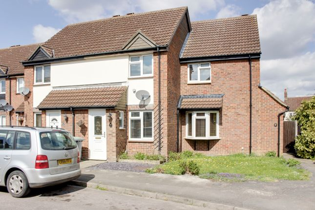 2 bed terraced house to rent in Lamb Meadow, Arlesey SG15