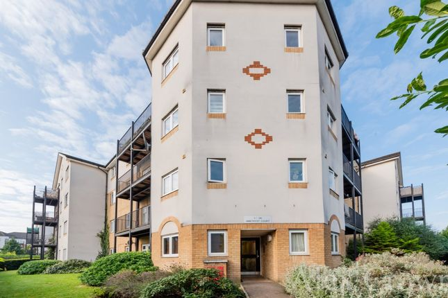 Thumbnail Flat to rent in Enstone Road, Enfield