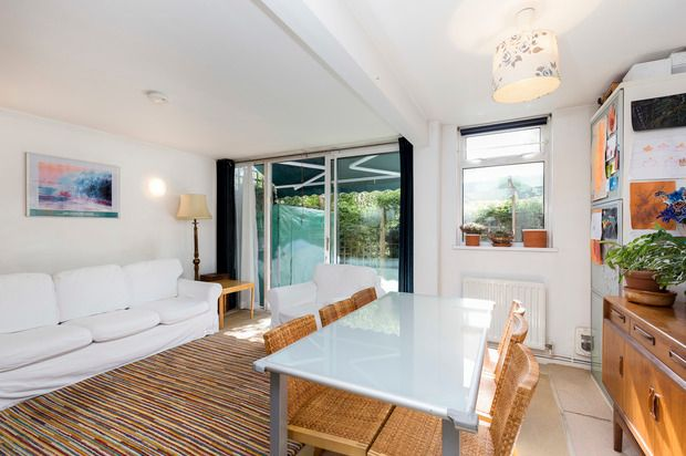 Thumbnail Terraced house for sale in Meadow Road, Oval