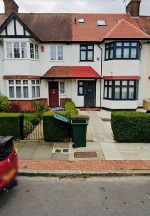 4 bed terraced house to rent in Hervey Close, Finchley Central, Church End, London N3