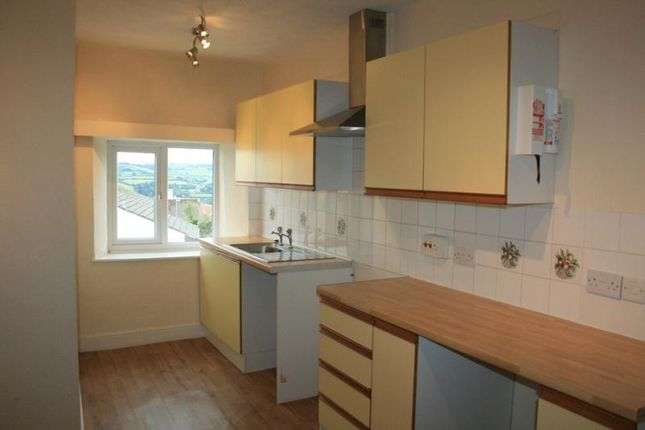 Thumbnail Flat to rent in Fore Street, Bishopsteignton, Teignmouth