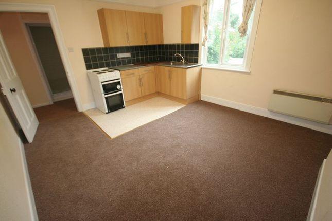Thumbnail Flat to rent in Chandos Road, Buckingham