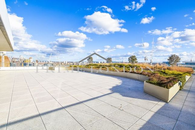 Thumbnail Flat to rent in Cascade Court, Vista Chelsea Bridge Wharf
