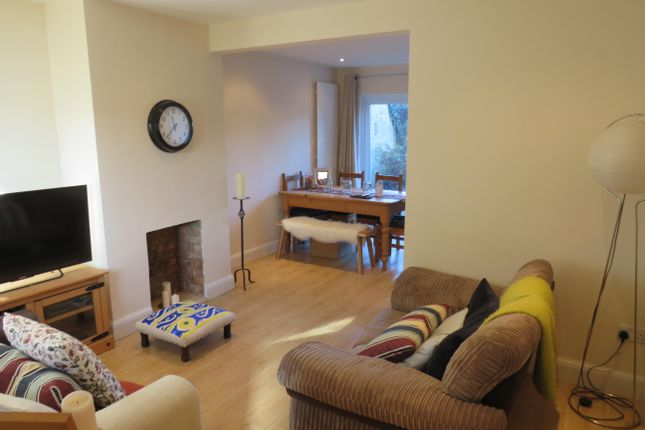 Thumbnail Property to rent in High Street, Chalgrove, Oxford