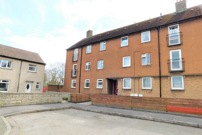 Thumbnail Flat to rent in Croall Place, Kelty