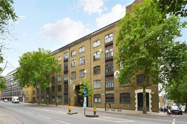 Exterior 2 of Telfords Yard, London E1W