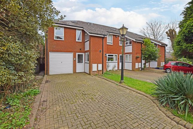 Thumbnail Terraced house for sale in Cavendish Mews, Northlands Road, Southampton