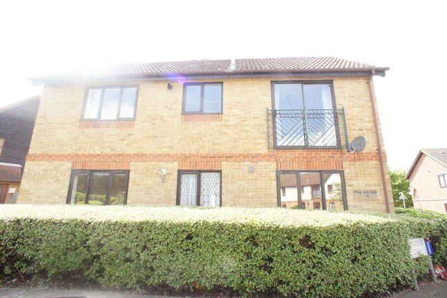 Thumbnail Flat to rent in Farthingale Lane, Waltham Abbey