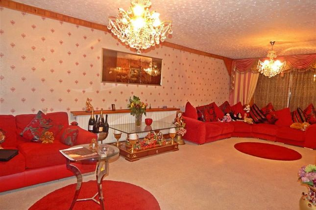 Thumbnail Semi-detached house to rent in Tring Avenue, Wembley, Middlesex