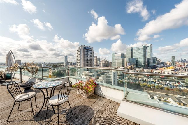 Thumbnail Flat for sale in New Providence Wharf, Canary Wharf