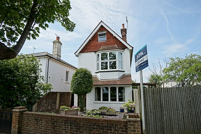 Thumbnail Detached house for sale in London Road, Burgess Hill
