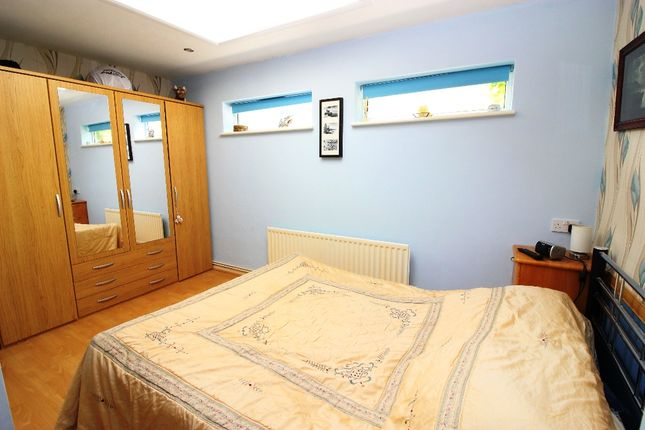 Bedroom of Rushetts Road, West Kingsdown, Sevenoaks TN15