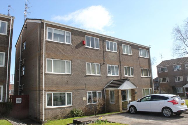 2 bed property to rent in Wentloog Close, Rumney, Cardiff