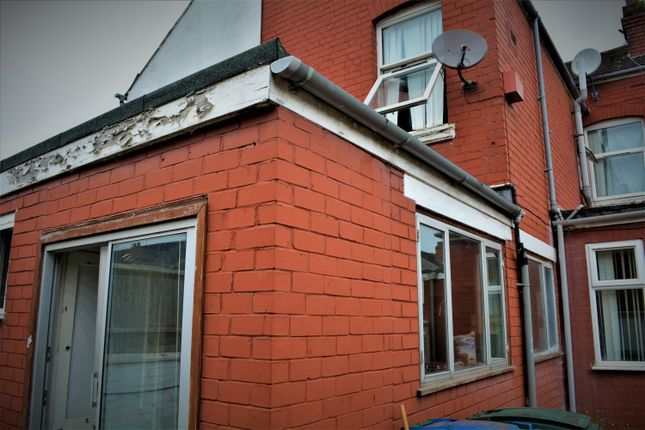 Thumbnail End terrace house to rent in Humber Avenue, Coventry