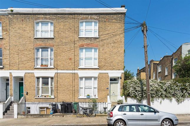 Thumbnail Flat for sale in Winscombe Street, London