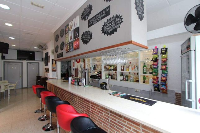 Commercial property for sale in Algorfa, Alicante, Spain