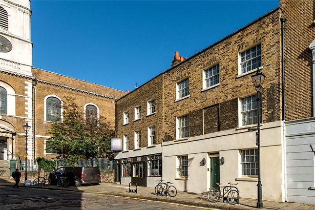 Thumbnail Detached house for sale in Clerkenwell Close, London