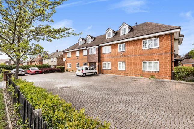2 bed flat for sale in Roebuck Estate, Binfield, Berkshire RG42