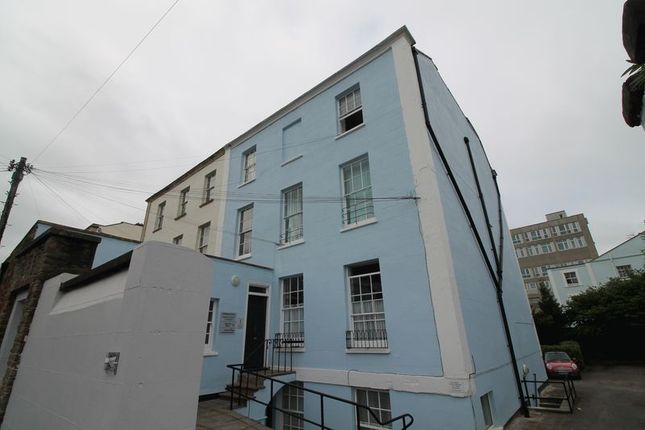 Thumbnail Flat to rent in Wetherell Place, Clifton, Bristol
