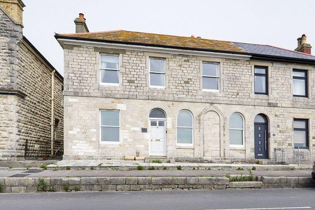 2 bed flat to rent in Castle Road, Portland, Dorset DT5