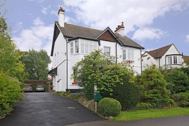 5 bed detached house to rent in Aldenham Grove, Radlett WD7