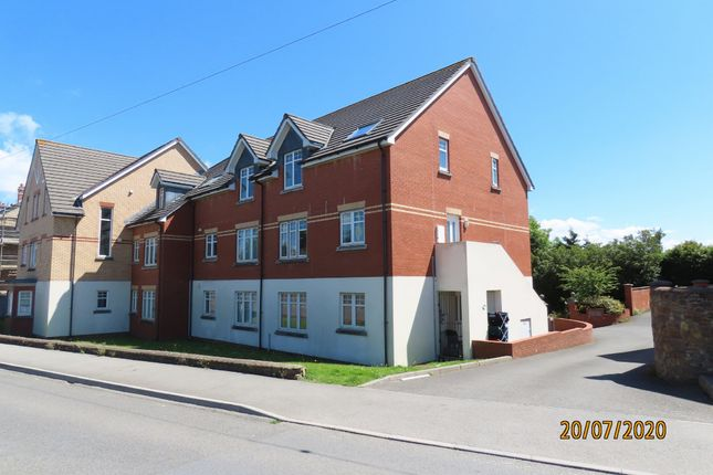 Thumbnail Flat to rent in Clovelly Road, Bideford