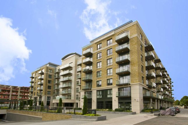 2 bed flat for sale in Regatta Lane, London