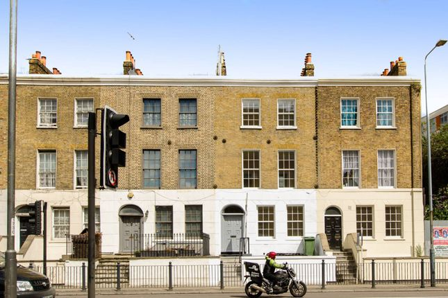 Thumbnail Flat to rent in Commercial Road, Limehouse