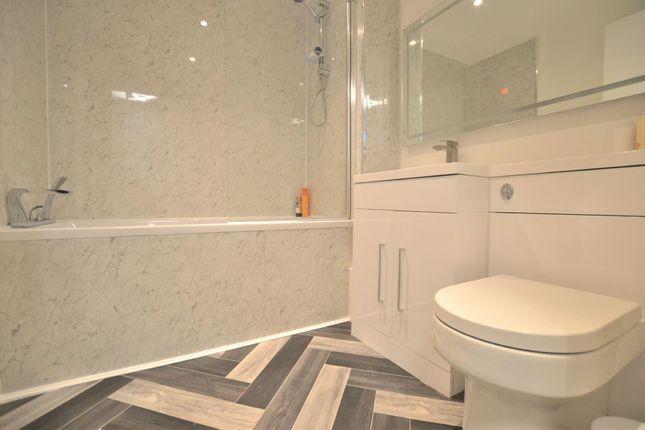 Bathroom of Madison Square, Liverpool L1