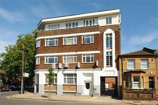 Thumbnail Flat to rent in Denmark Road, London