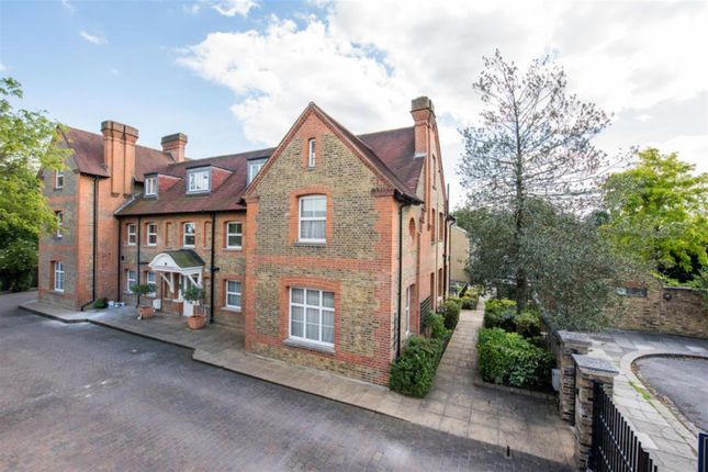 Thumbnail End terrace house to rent in Amherst Road, Ealing