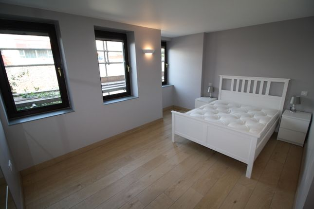 Thumbnail Flat to rent in Abbey Road, Torquay, Devon