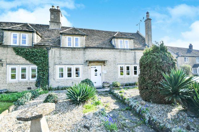 Thumbnail Semi-detached house for sale in Shurnhold, Melksham