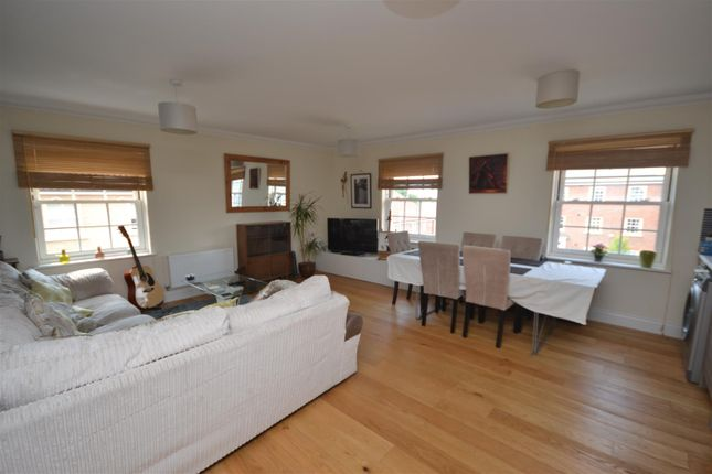 Thumbnail Flat for sale in Vanguard Chase, Norwich