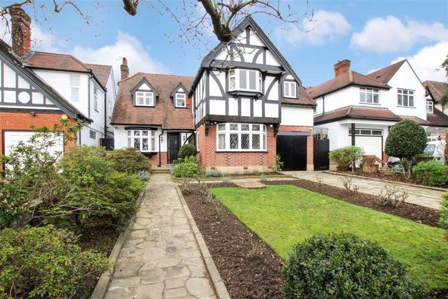 Thumbnail Property for sale in Eversley Crescent, London