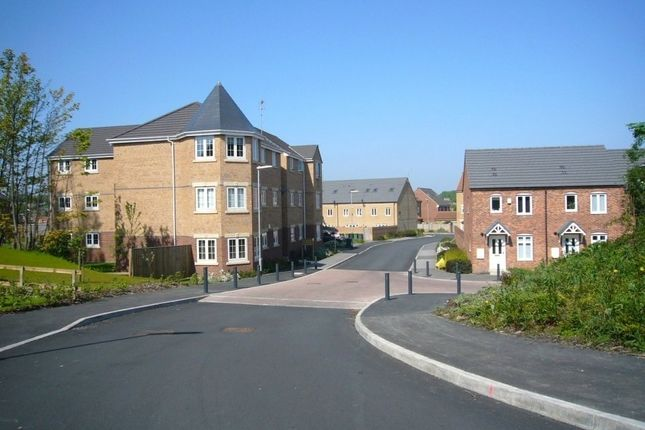 Thumbnail Flat to rent in Tingle View, Leeds