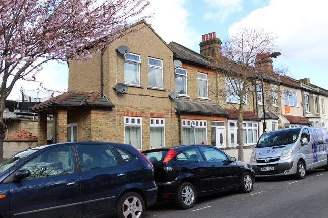 Thumbnail End terrace house for sale in Devonshire Close, London