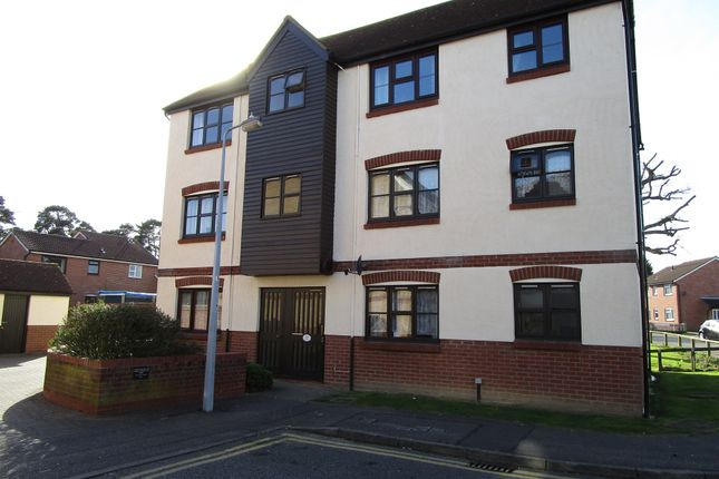 Thumbnail Flat for sale in California Close, Highwoods, Colchester