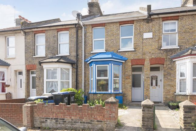 Thumbnail Property to rent in Winstanley Crescent, Ramsgate