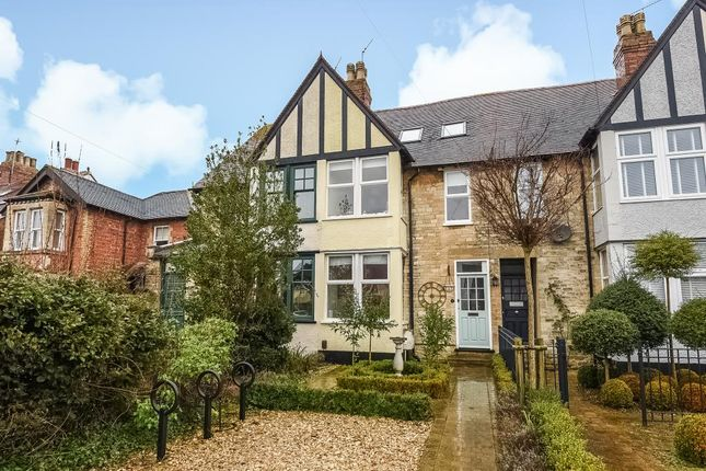 Thumbnail Terraced house for sale in Woodstock Road, Witney