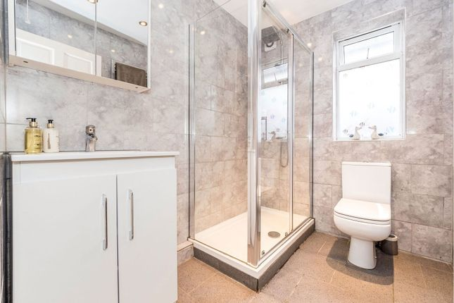 Shower Room of Norman Road, Hornchurch RM11