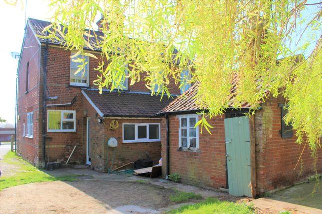 Webbs Cottages, Main Road, Margaretting, Essex CM40Er CM4
